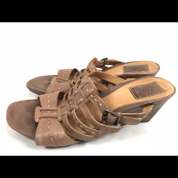 0e2ea03397c5cd Clarks Artisan Brown Leather Strappy Sandals 8.5